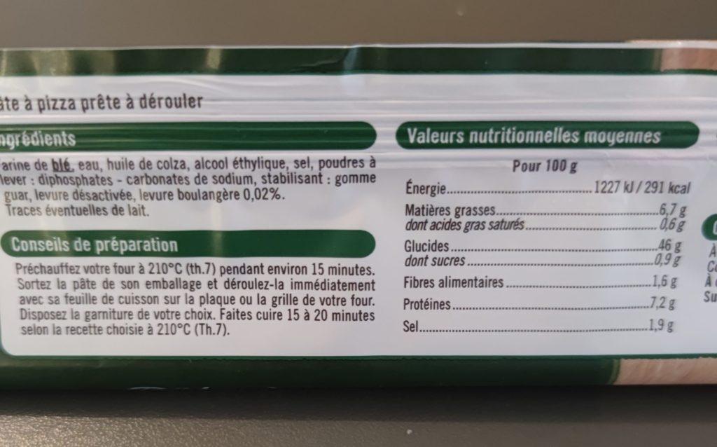 Photo des informations sur l étiquette d une pâte à pizza